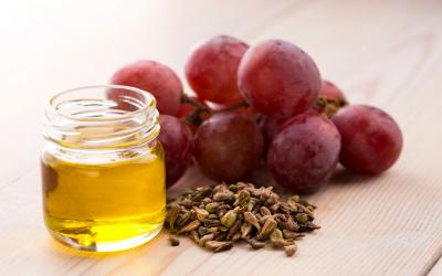 Grape Seed Oil -The Panacea for all Skin Dilemmas.